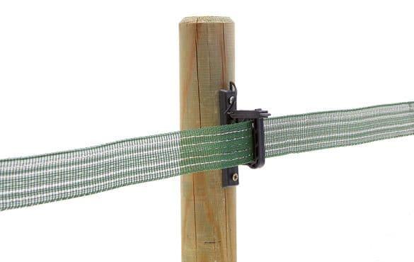 Montage ruban sur isolateur de clôture électrique