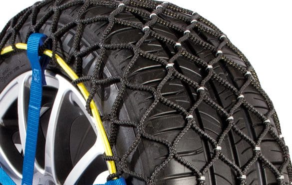 Easy Grip Evolution snow chain close-up