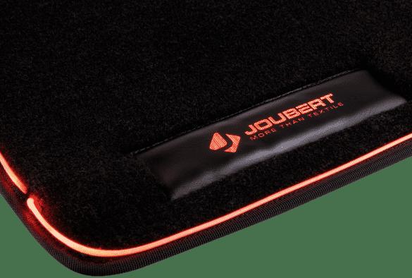 Tapis automobile avec fibre optique